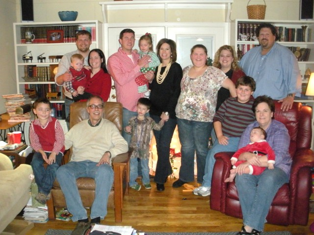 Christmas at Linda blake's Zoe's and Mama's 208