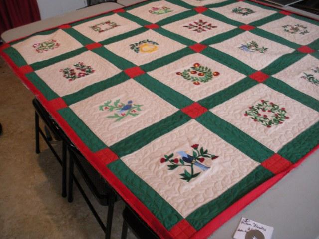 AWOL, red and green quilt, snowan quilt, Pat's stuff 131