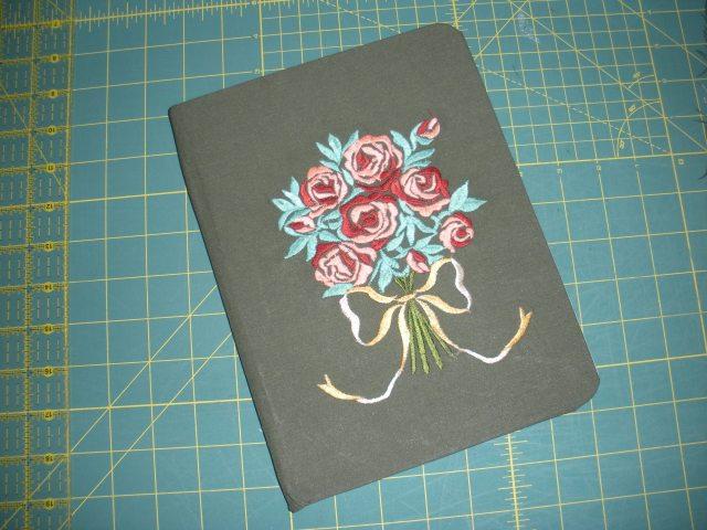 AWOL, red and green quilt, snowan quilt, Pat's stuff 191