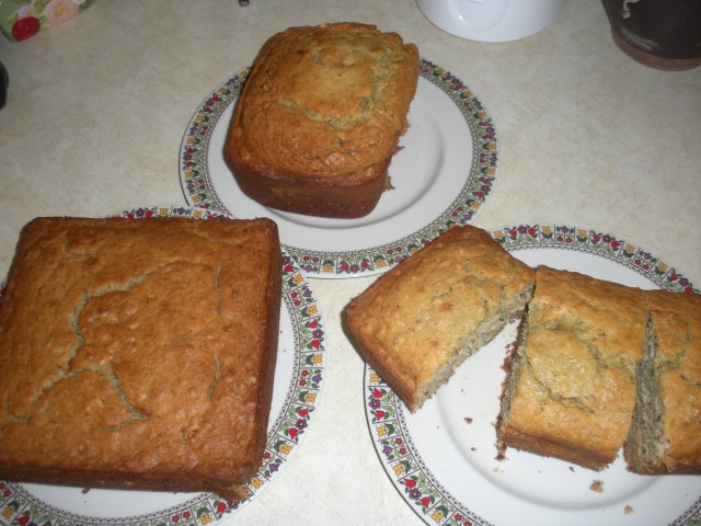 cinnaon sticks and banana nut bread 013