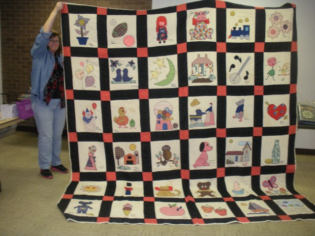 The first quilt made the the art students at Morriltoin Junior High School