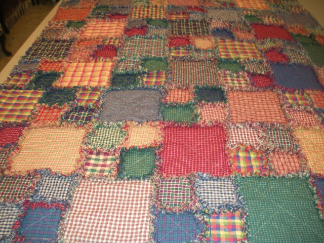 Currch and rag quilt 037