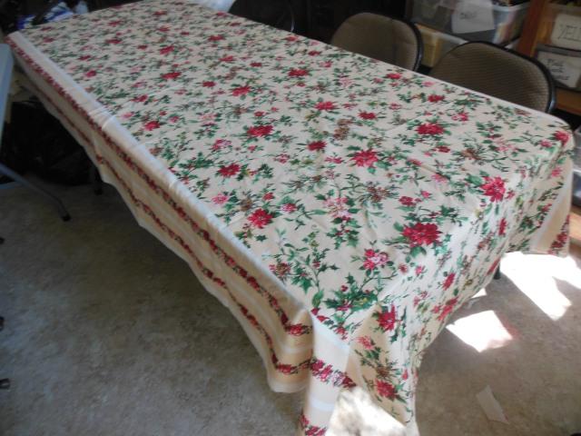 Watercolor tablecloth 004
